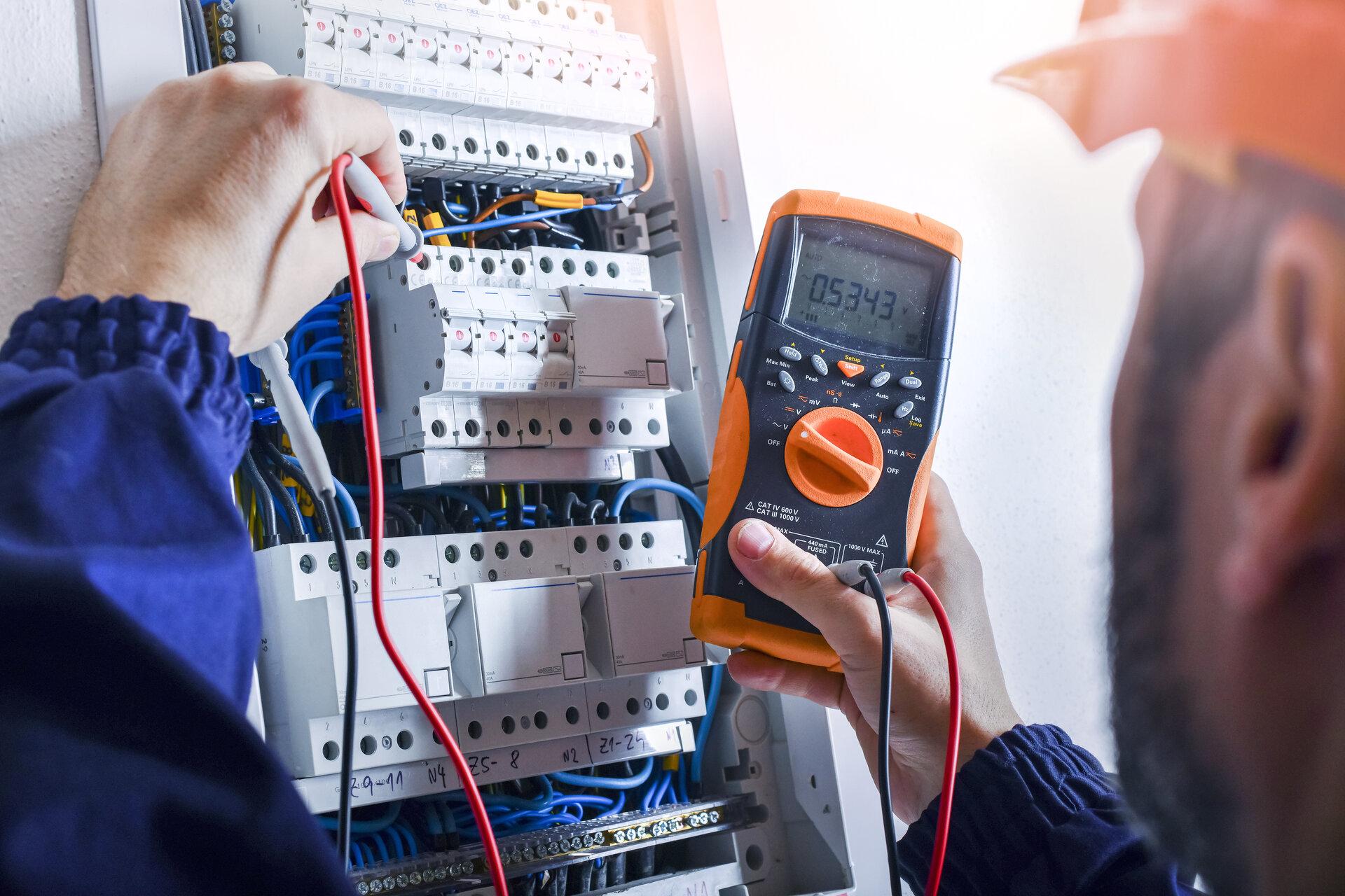 Electrical Maintenance Plan in 8 Steps • Infraspeak Blog
